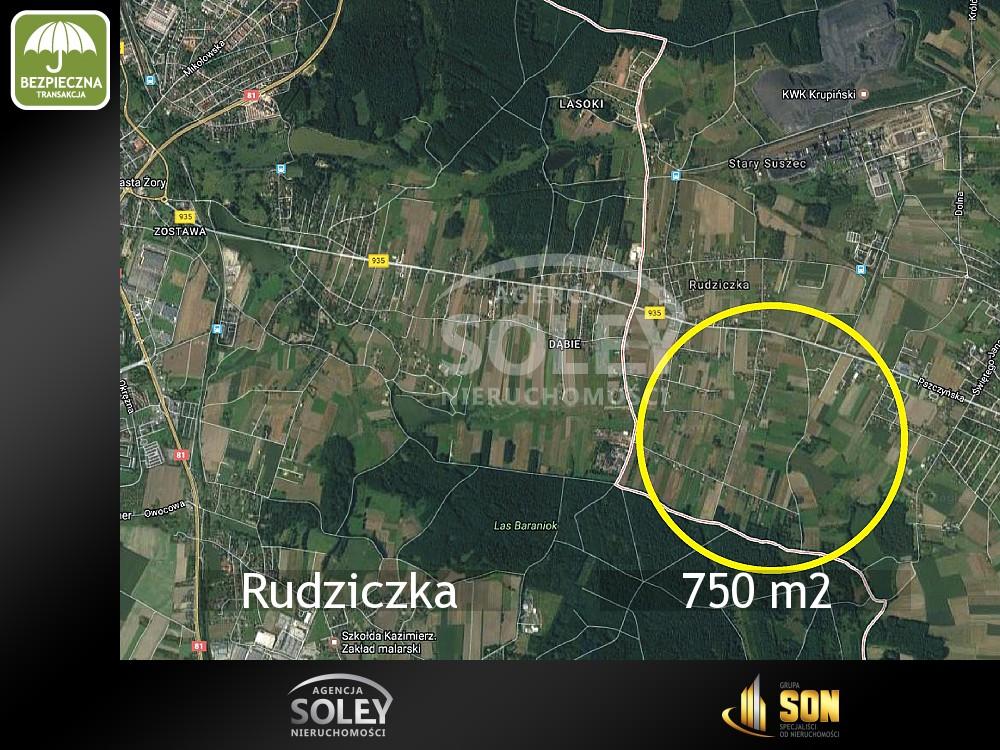 Nieruchomości: 750 m2