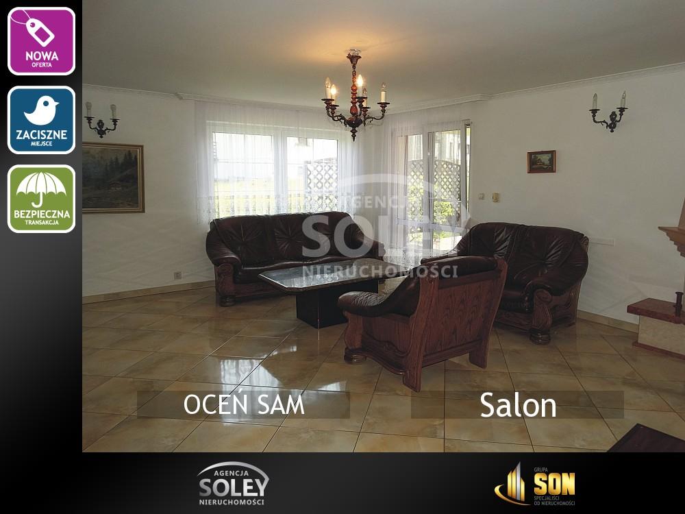 Nieruchomości: Salon