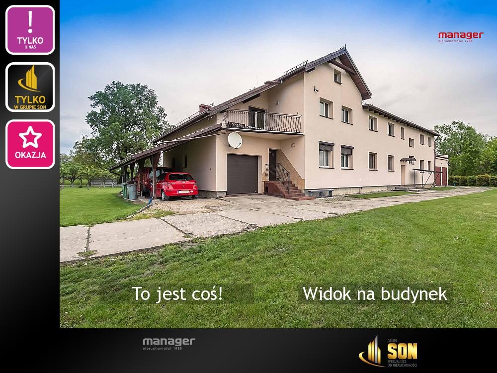 Nieruchomości: Widok na budynek
