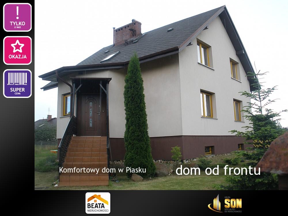 Nieruchomości: dom od frontu